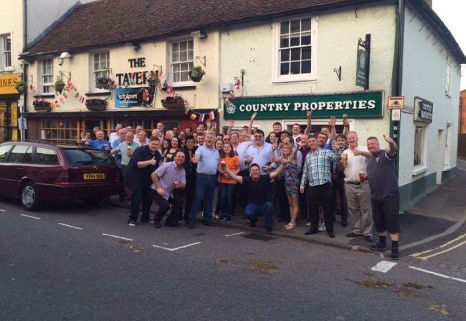 Pub evening fundraiser in Hertfordshire